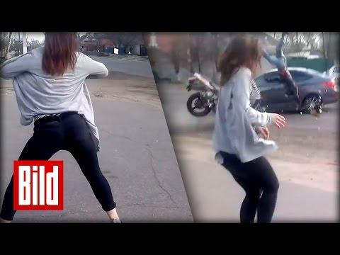 Hot Sexy Auto Strip Wild Girlиз YouTube · Длительность: 37 с