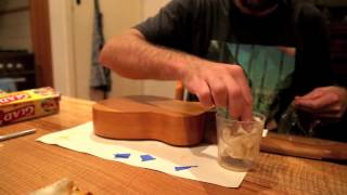 How to make a Ukulele 16 - applying shellac - french polish