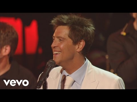 Ernie Haase & Signature Sound - Old Campmeeting Days [Live]