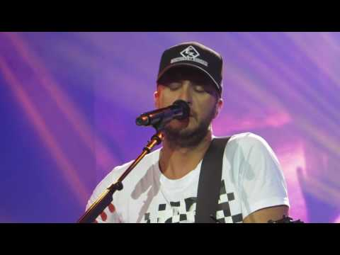 "Luke Bryan ""Drink A Beer"" Live @ Susquehanna Bank Center"