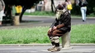 Дедушке 103 года !! Добре из Болгарии !  А может он святой !?