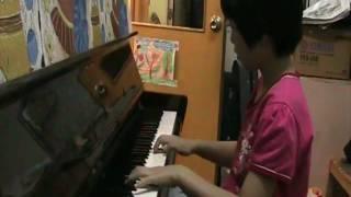 Music Education-Lee Shen Yi practice piano