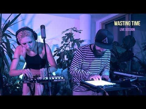 Chilè - Wasting Time (Live)