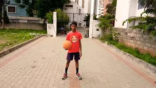Basketball tricks (Figure of 8)