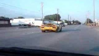 Acura Integra Type-R vs Lamborghini diablo Sv