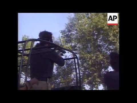 Pakistan-Islamic fundamentalists clash with police