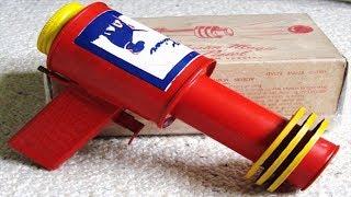 видео Обзор ТОП-10 самых опасных и вредных игрушек для детей (часть 1)