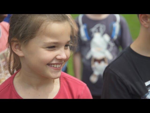 Trailer du film UNE IDÉE FOLLE - Bande-annonce