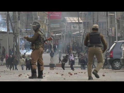 اندلاع صدامات عنيفة في مدينة كشمير المتنازع عليها بين الهند وباكستان…  - نشر قبل 1 ساعة