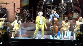 Ooh La La (Faces song) - Rod Stewart live @ O2 Arena London