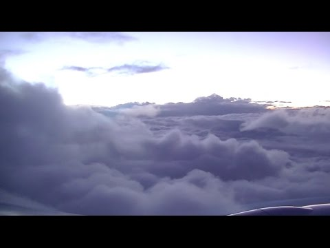 STUNNING Cloud Surfing into Addis Ababa - Ethiopian Airlines Boeing 777-200LR ET-ANR