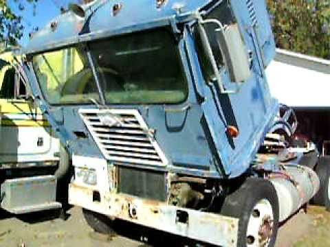 Diamond t cabover 1959 933 c 220 cummins running 10 28 10 youtube sciox Image collections