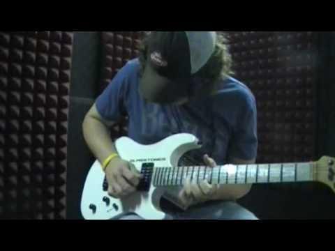 Glasstones Guitar 3rd Power Amp Demonstration Summer NAMM 2010.avi