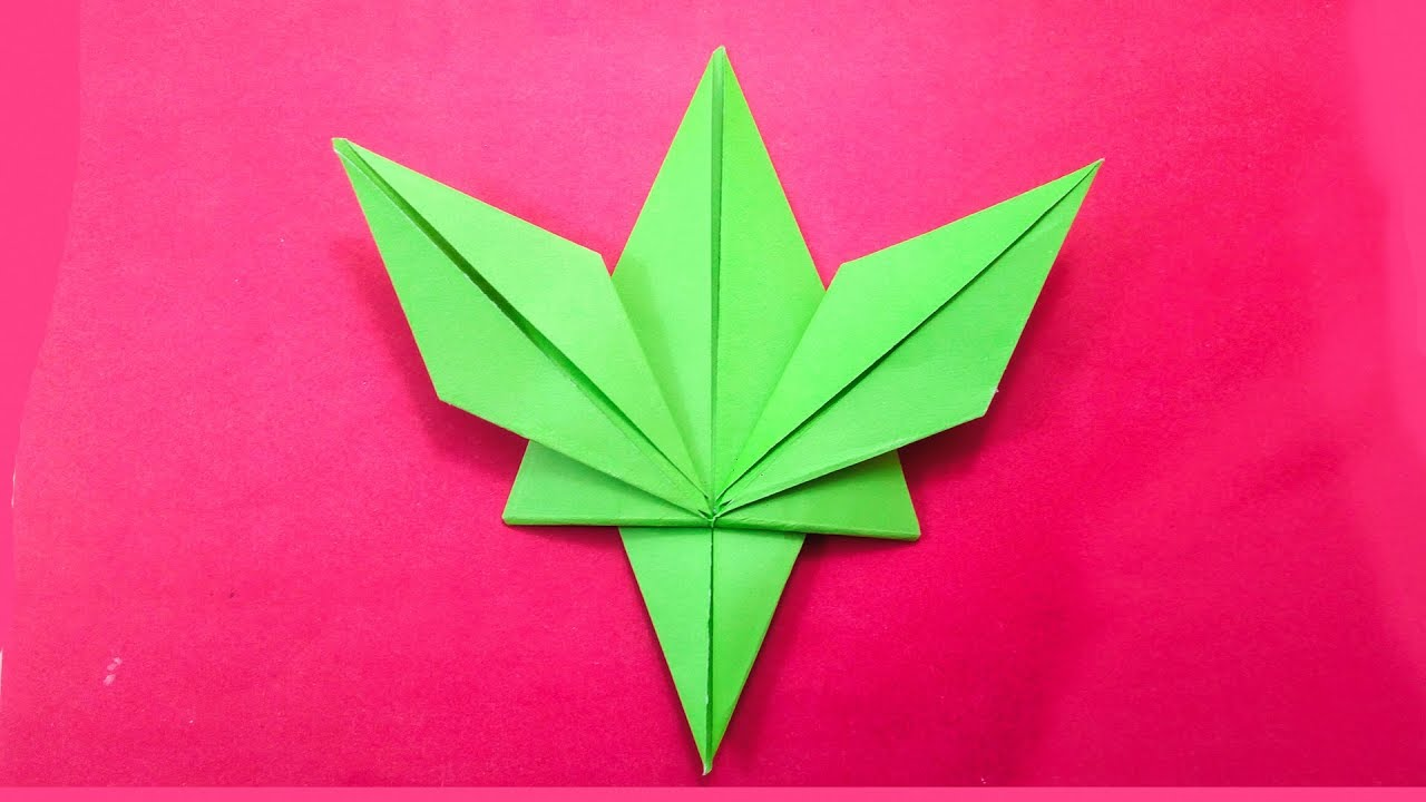 Autumn Paper Origami Maple Leaf 3D模型3D模型$19 - .gltf .obj .ma ... | 720x1280