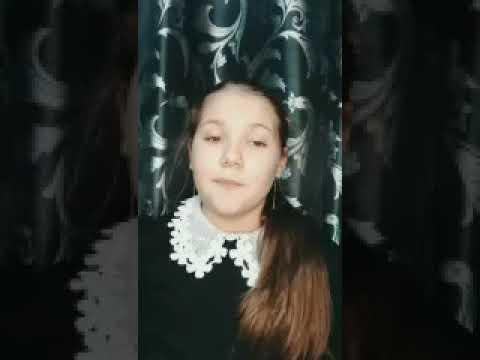 Изображение предпросмотра прочтения – ЕлизаветаБорисова читает произведение «Мама на даче» М.И.Цветаевой