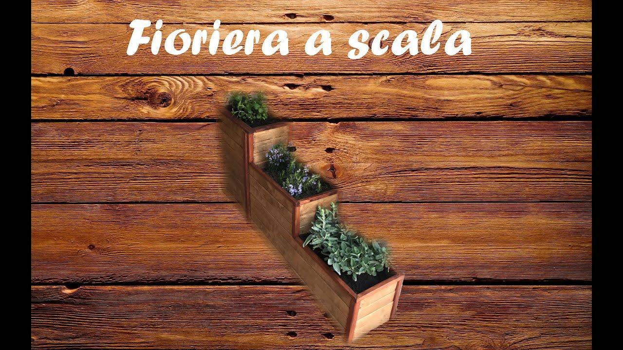 Fioriere Originali Fai Da Te fioriera a scala con piante aromatiche. fai da te. wooden vase with  aromatic herbs