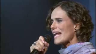 Baixar Zélia Duncan -  Pelo Sabor do Gesto Em Cena - DVD Completo