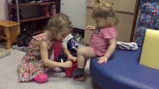 так мы одеваемся - частный детский сад Мытищи - Совенок(, 2016-12-05T08:12:09.000Z)