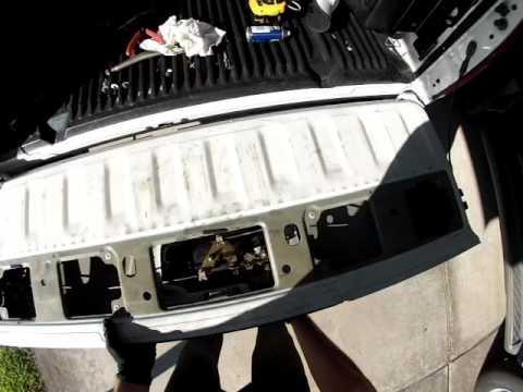 nissan frontier tailgate won't lock - YouTube
