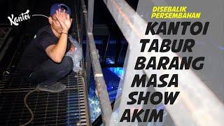 KANTOI, Akim buat show, korang tabur BARANG dari atas!!