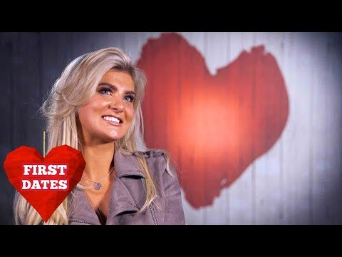 First Dates Waiters Lose Their Cool Over Nancie & Noura | First Dates