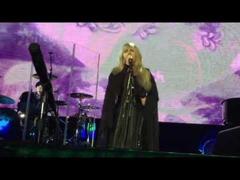 Stevie Nicks - Sands - Rhiannon (Dreams Unwind) 11 19 16