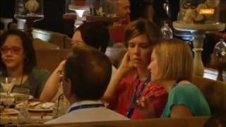 Ультрасовременный ресторан для глухонемых учит людей языку жестов