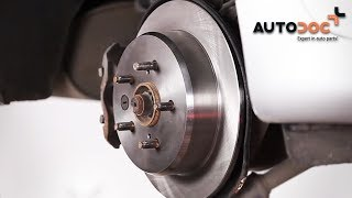 How to change Brake pad set on LEXUS IS II (GSE2_, ALE2_, USE2_) - online free video