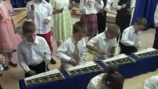 Święci na dzwonkach chromatycznych w przedszkolu