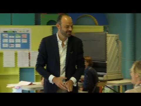 French PM casts vote in parliamentary election