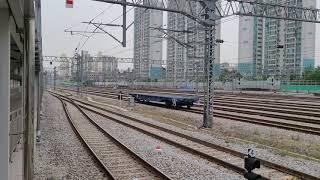 [철도]초성리발 국수행 화물열차(#6122) 망우역 통…