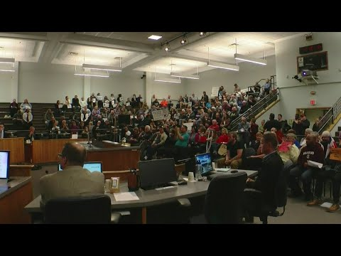 St. Cloud Adopts 'Welcoming' Resolution After Councilmember Proposes Refugee Ban