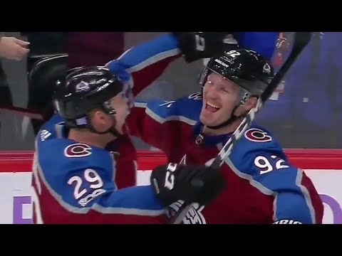 Avalanche captain Gabriel Landeskog scores first NHL hat trick