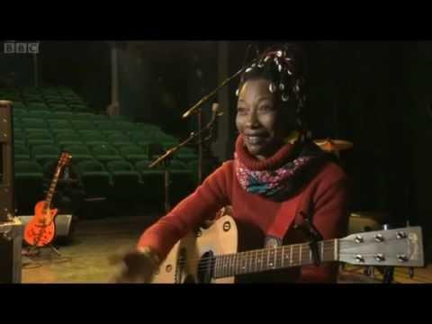 Fatoumata Diawara on BBC Newsnight - Mali Special