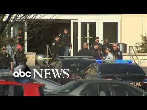 shooting-at-atlanta-mall-sends-holiday-shoppers-fleeing-for-cover- -abc-news