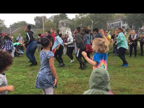 School of HONK Push It dance party at PRONK