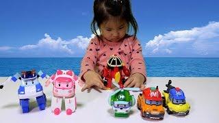 4살 아기의 폴리 엠버 로이 헬리 마크 버키 변신 놀이 Robocar Poli Transforming Play