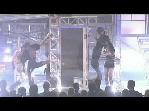 Adam Lambert-For Your Entertainment (American Music Awards 2009) HD