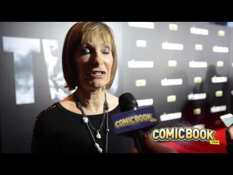 Gale Anne Hurd  The Walking Dead Red Carpet