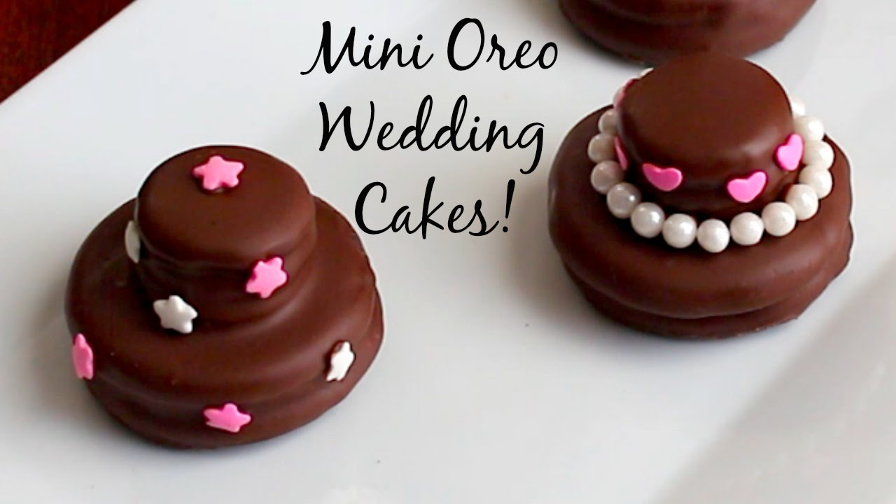 Mini Oreo Wedding Cookie Cakes - DIY Wedding Favors - YouTube