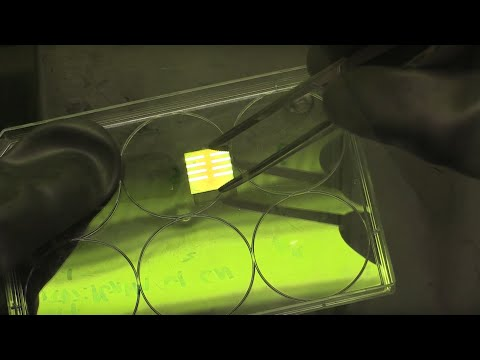 Constructing a perovskite solar cell