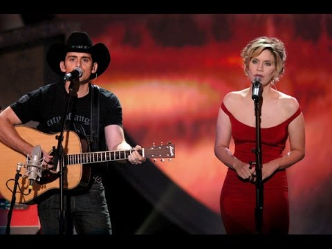 Whiskey Lullaby Brad Paisley Amp Alison Krauss YouTube