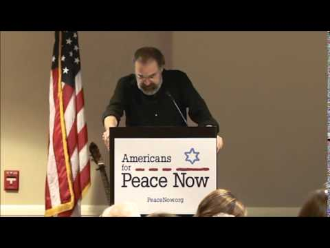 Mandy Patinkin Accepting Rabin Peace Award from APN -- April 27, 2014