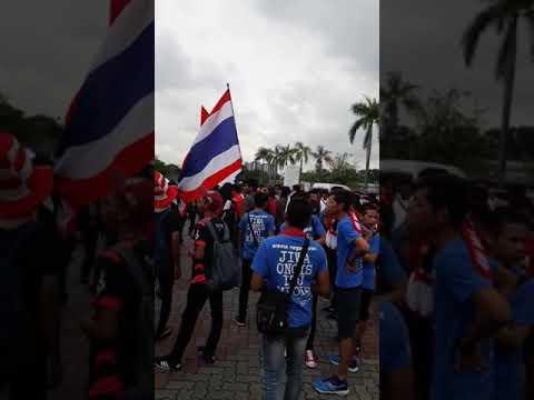 Suporter indonesia dan thailand di shah alam stadium..