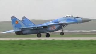 ВЧ 55652 ЮКО самолеты готовятся к параду Победы Миг-29 Су-25