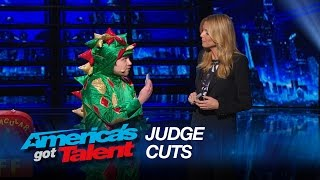 Piff the Magic Dragon: Comedic Magician Kisses Heidi Klum - America