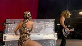 Lady Gaga - Brown Eyes (Live at Oxegen Festival 2009) HQ
