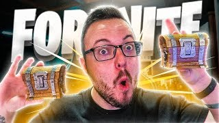 Opening FORTNITE COFRES in REAL LIFE!