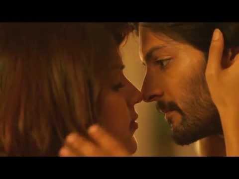 Kissing Burji  Rhea Chakraborty  Ali Fazal  Sonali Cable