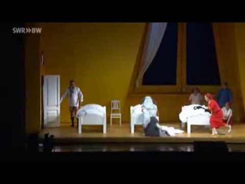Interview with Peter Pan - Stuttgart Opera (SWR Stuttgart)